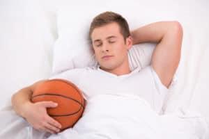 Le CBD est utilisé par les sportifs pour favoriser le sommeil.