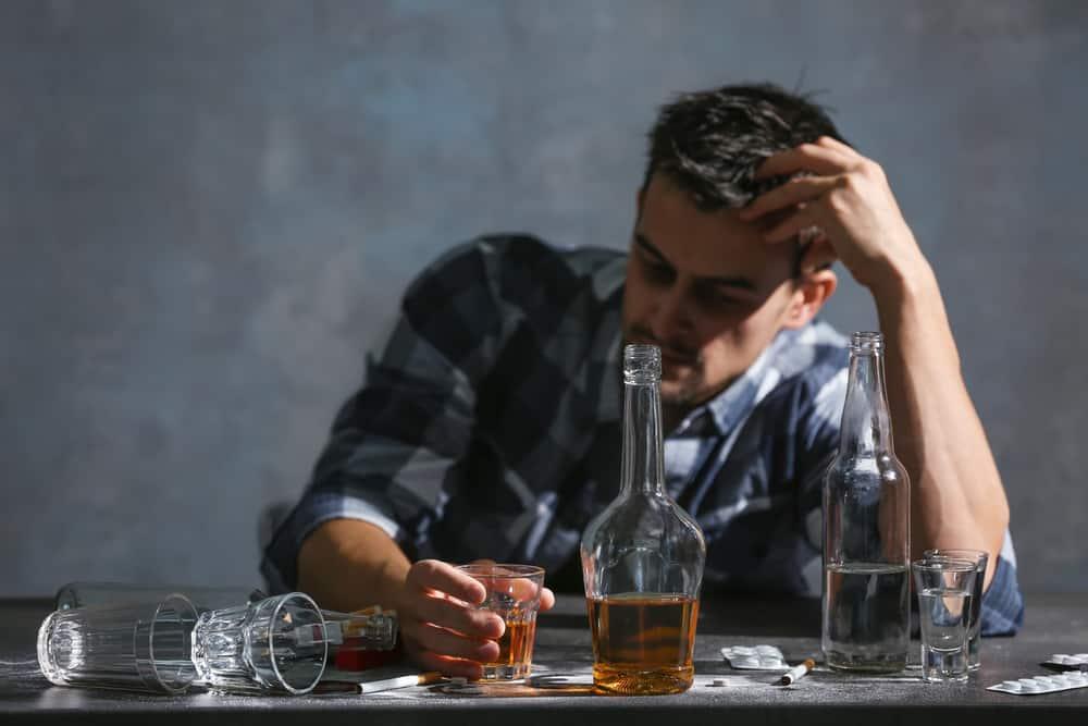 Mélanger alcool et CBD est une très mauvaise idée. Les interactions peuvent être très fortes selon le consommateur.
